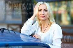 Alina from Kremenchug 42 years - Music-lover girl. My small public photo.