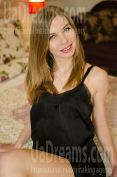 Olga from Kremenchug 34 years - mysterious beauty. My small public photo.