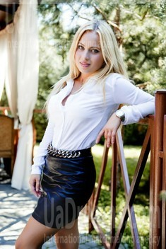 Yulya from Lutsk 31 years - eyes with love. My small public photo.