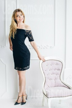 Natasha from Lutsk 34 years - favorite dress. My small public photo.