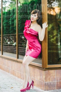Ksenia from Lutsk 28 years - attractive lady. My small public photo.