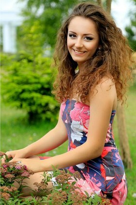 Mariana from Lutsk 22 years - look for a man. My small primary photo.