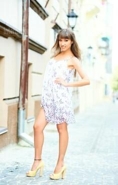 Yuliya from Ivanofrankovsk 26 years - natural beauty. My small public photo.