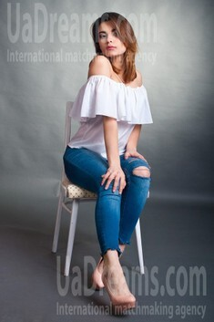 Olya from Cherkasy 18 years - natural beauty. My small public photo.