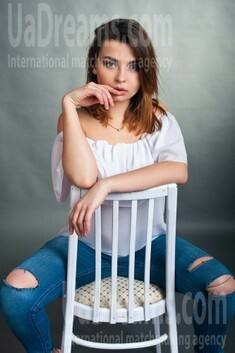 Olya from Cherkasy 18 years - hot lady. My small public photo.