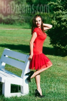 Anastasia from Cherkasy 33 years - kind russian girl. My small public photo.