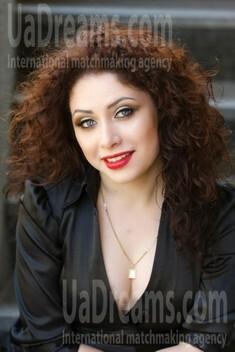 Ksusha from Kremenchug 26 years - bright smile. My small public photo.