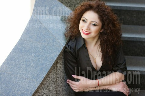 Ksusha from Kremenchug 26 years - charm and softness. My small public photo.
