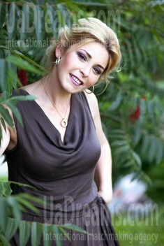 Inna from Sumy 32 years - future wife. My small public photo.