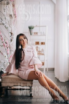 Vika from Lutsk 28 years - morning freshness. My small public photo.