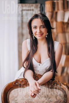 Vika from Lutsk 29 years - bright smile. My small public photo.