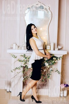 Nadenka from Poltava 23 years - want to be loved. My small public photo.