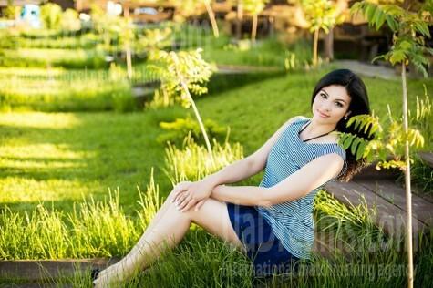 Nadenka from Poltava 23 years - future bride. My small public photo.