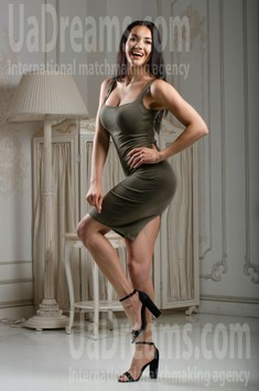 Olesya from Kiev 26 years - desirable woman. My small public photo.