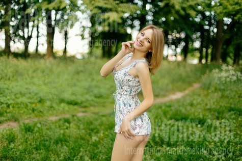 Ulyana from Ivanofrankovsk 23 years - cool photo shooting. My small public photo.