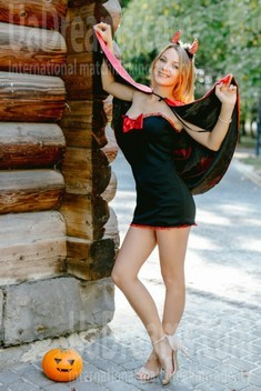 Ulyana from Ivanofrankovsk 22 years - amazing girl. My small public photo.