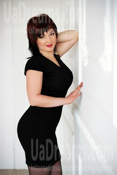 Anna from Zaporozhye 31 years - happy woman. My small public photo.