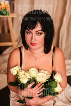 Anna from Zaporozhye 33 years - good girl. My small public photo.