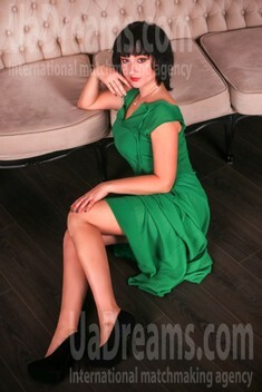 Anna from Zaporozhye 33 years - desirable woman. My small public photo.