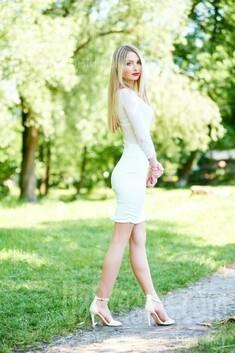 Vira from Ivanofrankovsk 21 years - Music-lover girl. My small public photo.