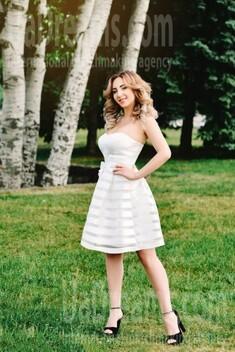 Irisha from Cherkasy 30 years - beautiful woman. My small public photo.