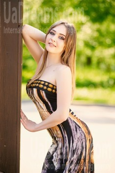 Nastya from Ivanofrankovsk 20 years - cool photo shooting. My small public photo.