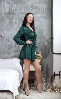 Dasha 29 years - kind russian girl. My small public photo.