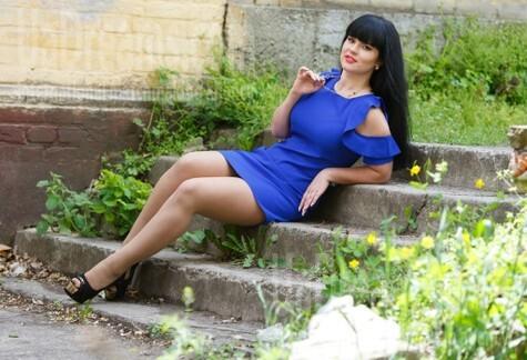 Ksenia from Kremenchug 25 years - easy charm. My small public photo.