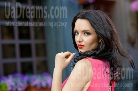 Alena from Dnipro 32 years - creative image. My small public photo.