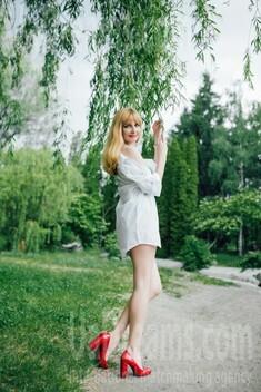 Irinka from Cherkasy 32 years - photo session. My small public photo.