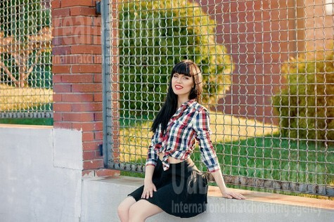 Lilya from Dnipro 18 years - future bride. My small public photo.