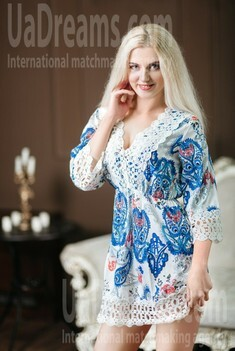 Kateryna 31 years - natural beauty. My small public photo.