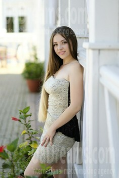 Tanya 19 years - charm and softness. My small public photo.