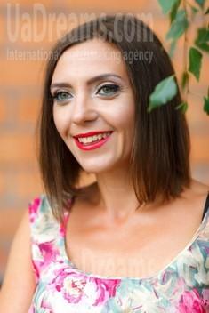 Margie from Kremenchug 38 years - happy woman. My small public photo.