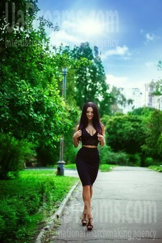 Svetlana from Kiev 26 years - waiting for husband. My small public photo.