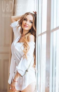 Nataly from Poltava 35 years - easy charm. My small public photo.