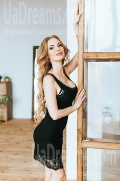 Nataly from Poltava 35 years - searching life partner. My small public photo.