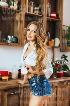 Nataly from Poltava 34 years - hot lady. My small public photo.