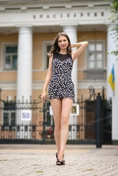 Olesia 22 years - looking for relationship. My small public photo.