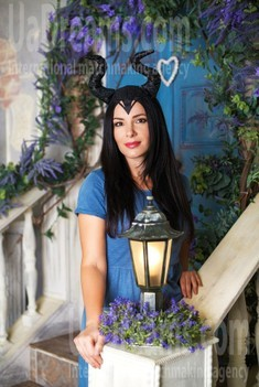 Julie from Dnipro 31 years - single russian woman. My small public photo.