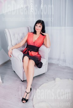 Alla from Cherkasy 44 years - mysterious beauty. My small public photo.