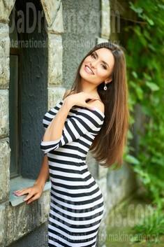 Oksana from Ivanofrankovsk 25 years - soft light. My small public photo.
