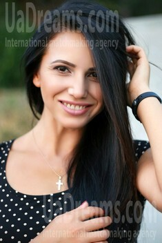 Marina from Zaporozhye 34 years - ukrainian girl. My small public photo.