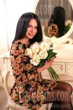 Marina from Zaporozhye 35 years - waiting for you. My small public photo.