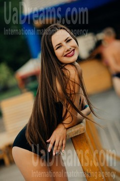 Lilia from Poltava 24 years - carring woman. My small public photo.