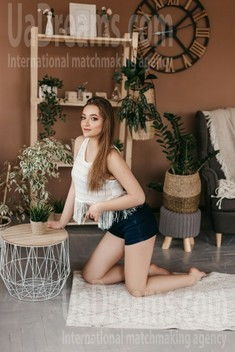 Zhenya from Ivano-Frankovsk 20 years - girl for dating. My small public photo.