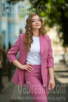 Zhenya from Ivano-Frankovsk 21 years - Warm-hearted girl. My small public photo.