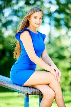 Zhenya from Ivanofrankovsk 18 years - romantic girl. My small public photo.