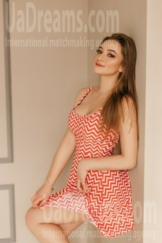 Zhenya from Ivanofrankovsk 20 years - single lady. My small public photo.