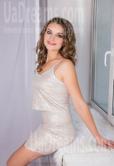 Vickie from Sumy 24 years - beautiful woman. My small public photo.